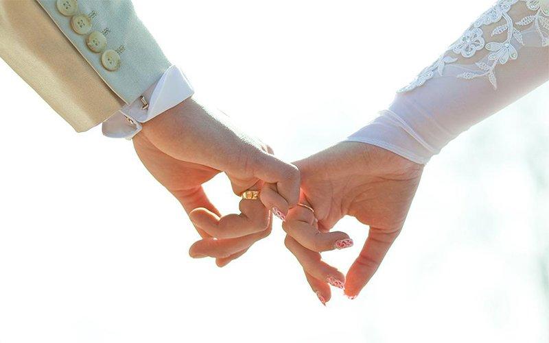 恋爱中女生该不该主动 以退为进才是上策