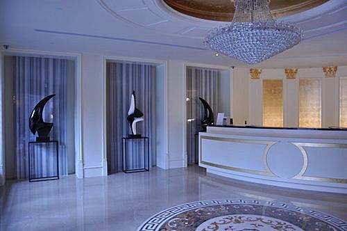 酒店兼职-礼服酒店-缤纷时尚酒店