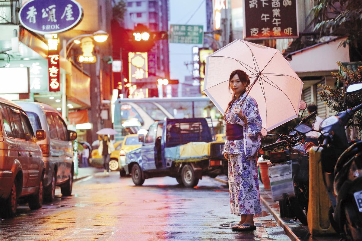 【日式夜场】日式夜场交战守则.Tweet在泰国的各项情色行业中,泰国浴和Go Go Bar是最多人熟悉的。
